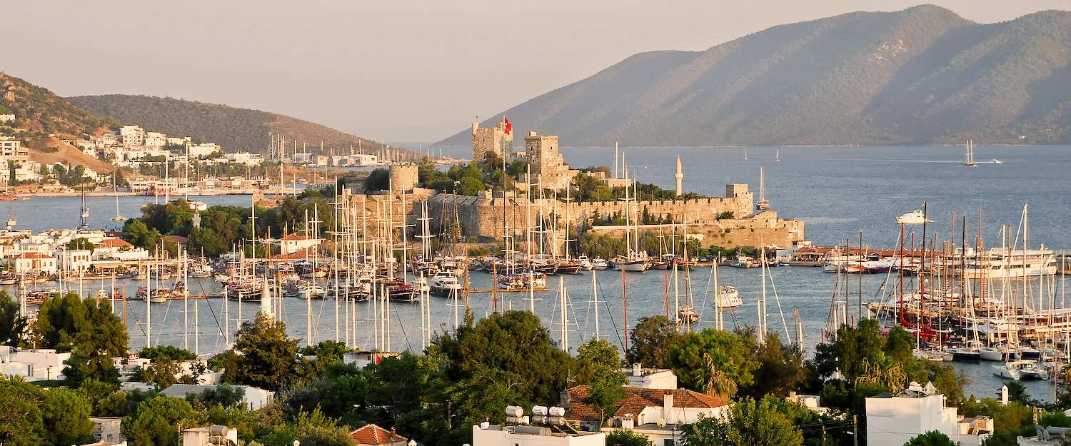 The harbour and the castle of Bodrum