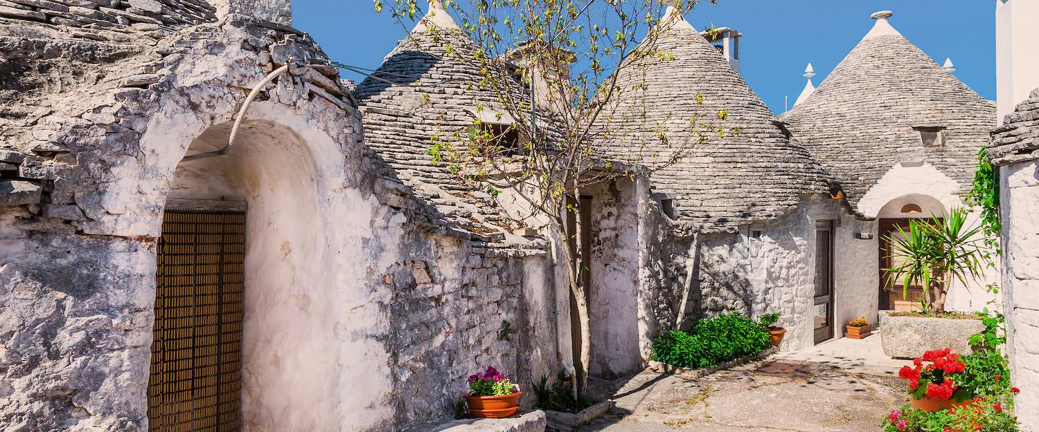 Trullis, round farmhouses with pointed roofs in Bari