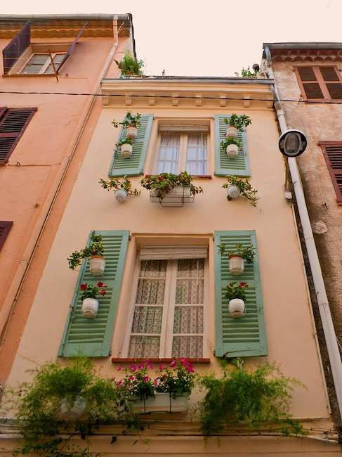 Beautiful old house in Antibes