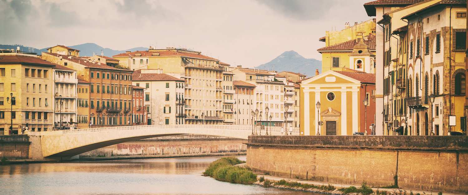 Ponte di Mezzo (bridge over the Arno)